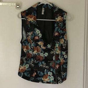 Xhilaration front zipper collared shirt - Medium
